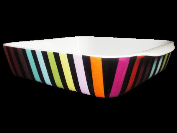 plat rayures en porcelaine